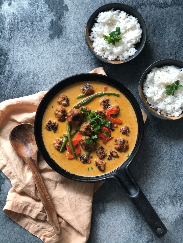 Nopea punainen curry